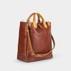 Pick Of The Day: Winter Session Leather Garrison Bag The Leather Garrison from Winter Session is the ultimate expression of refined utility within our collection. Borrowing the silhouette ofour classicGarrison Bag, we've pared down the design to accentuate its most essential function and features whileadapting the details to an al…