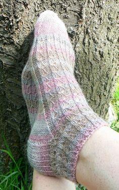 Ravelry: modena's summer socks