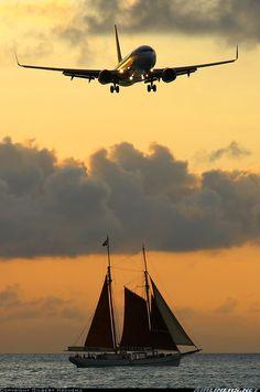 Caribbean Airlines B-737, Philipsburg/St. Maarten | ©Gilbert Hechema