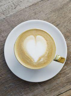 Cappuccinoherz // Coffee heart Coffee Heart, Latte, Food, Vacation, Essen, Meals, Yemek, Eten