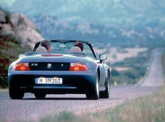 believing it made sense to build locally in strong markets bmw made the 1996 bmw bmw z3 1996 side aa
