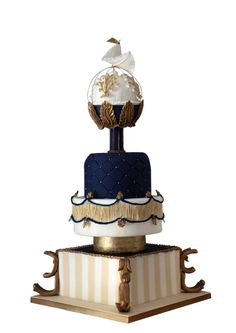 Unbelievably majestic wedding cake by Eunmi Park at The Sweetere Confections by Eunmi, Ontario, Canada.