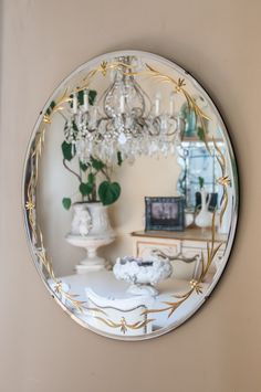 Large Round Mirrir with Etched Gold Detail. Glass Etching, French Antiques, Mirror Mirror, Mirrors, Antique Furniture, Snow Globes, Decorative Plates, Gold, Design Inspiration