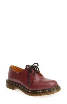 Free shipping and returns on Dr. Martens 3-Eye Oxford at Nordstrom.com. Smooth leather shapes a low-profile oxford on an iconic, Goodyear-welt sole.
