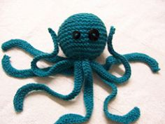 A simple, 2 needle octopus that should be suitable for beginners - I improvised him to cover my poor knit-in-the round skills!