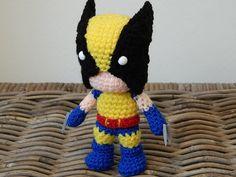Wolverine crochet amigurumi chibi plush doll por LottiesCreations
