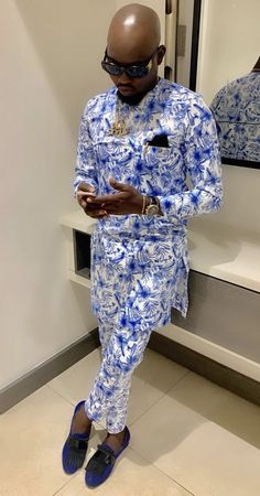 African Attire For Men, African Men Fashion, Mens Fashion, Native Wears, Men Design, Looks Chic, Sherwani, African Style, African Fabric