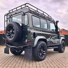 Suv Trucks, Cool Trucks, Defender 90, Land Rover Defender, Gumball 3000, Range Rover, Offroad, Dream Cars, Monster Trucks