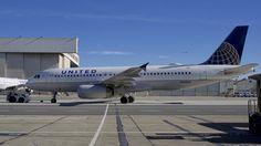 United Airlines Airbus 320 N431UA SFO 2015