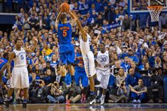 Veteran Gators Wear Down Wildcats for Rare Win at Rupp