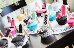 DIY High Heel Cupcakes! Via How Does She .com
