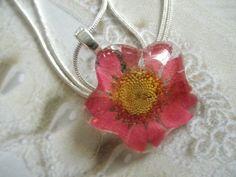Flower PowerStrawberry Fields Pink Daisy by giftforallseasons, $23.00