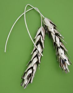 Modern Wheat earrings that jingle like little bells when you wear them!