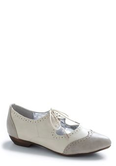 modcloth dove step shoe $39.99