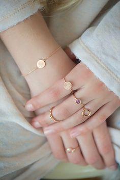Delicate rose gold chain bracelet with circle element, scratch finish bracelet, dainty bracelet, pink gold bracelet, charm bracelet Dainty Bracelets, Dainty Jewelry, Cute Jewelry, Jewelry Accessories, Fashion Accessories, Fashion Jewelry, Rose Gold Jewelry, Swarovski Jewelry, Cheap Jewelry
