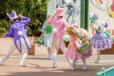 Hippity-Hoppity Springtime Disney Land And Sea, Tokyo Disney Sea, Kyary Pamyu Pamyu, Easter Celebration, Disney Costumes, Disney Style, Costume Design, Alice In Wonderland, Disneyland