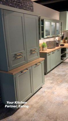 Home Decor Kitchen, Interior Design Kitchen, Kitchen Furniture, Bathroom Furniture, Modern Interior, Furniture Design, Kitchen Decorations, Contemporary Interior Design, Country Furniture