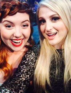 Mary Lambert and Meghan Trainor are new BFFs. - Behind the Scenes at the AMAs 2014 - Photos Curvy Fashion, Fashion Models, Mary Lambert, Capricorn Girl, Catwalk Models, Plus Size Fashion Tips, Cute Underwear, Perfect Model, Short Models