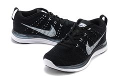Flyknit Lunar One+ Homme Marine Pour Nike Noir Blanc Running Shoes Nike, Nike Shoes, Shoes Sneakers, Yeezy, Nike Flyknit, Flyknit Lunar, Black And White Nikes, Nike Lunar, Nike Roshe Run
