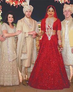 The most awaited wedding of Priyanka Chopra and Nick Jonas has finally got uncovered. The way our Desi girl Priyanka Chopra has celebrated her wedding like a huge festival is just remarkable. Sabyasachi Wedding Lehenga, Red Wedding Lehenga, Wedding Sherwani, Indian Bridal Lehenga, Bollywood Wedding, Red Lehenga, Sherwani Groom, Golden Bridal Lehenga, Designer Bridal Lehenga