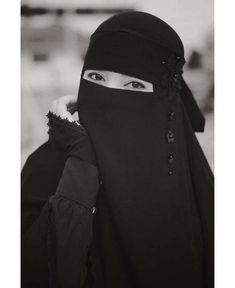 Hijab Niqab, Elegant, Fashion, Study Notes, Scarves, Classy, Moda, La Mode, Fasion