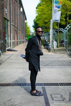 Before the show... [ Street Style - fashion, street fashion, streetstyle, menswear, Urban Visualist ] See original post on www.urbanvisualist.com