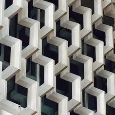 Metal façade by Ramirez Vásquez, Mexico City