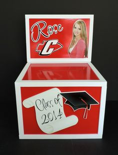 Personalized graduation gift card money envelope box. Useful and decorative party prop. #graduation