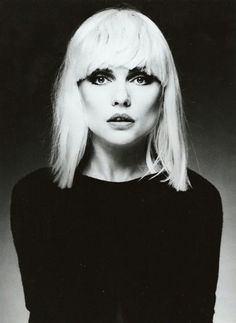 Debbie Harry - American singer-songwriter and actress best known for being the lead singer of the punk rock and new wave band Blondie. Photo by Steven Meisel Blondie Debbie Harry, Debbie Harry Hair, Debbie Harry Style, Steven Meisel, Haircuts With Bangs, Cool Haircuts, Pelo Retro, Retro Bob, Mazzy Star