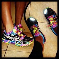 2014 cheap nike shoes for sale info collection off big discount.New nike roshe run,lebron james shoes,authentic jordans and nike foamposites 2014 online. Running Sneakers, Running Shoes, Camp Shoes, Workout Shoes, Workout Gear, Basket Style, Nike Shoes Cheap, Cheap Nike, Site Nike