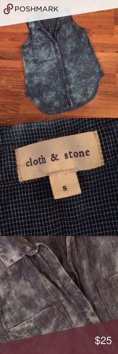 Cloth & Stone Sleeveles Chambray Button Up Cloth and Stone from Anthropology.  This is beautiful gently worn and in perfect condition!    Acid washed checkered pattern. Hi-lo hem, hidden buttons and two pocket front.  100% cotton size small.  Will consider reasonable offers! Anthropologie Tops