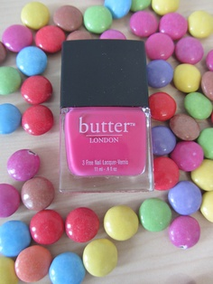#butterLONDON #primrosehillpicnic #beauty #nailpolish #douglas