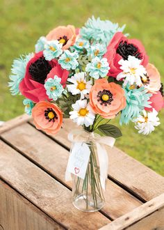 Make this lovely arrangement with the Build A Bouquet kit!