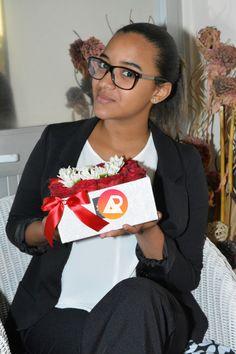Fernanda Alves empreendedora de 17 anos, tenciona inovar o ramo da decoração e floricultura em Angola https://angorussia.com/economia/negocios/fernanda-alves-empreendedora-17-anos-tenciona-inovar-ramo-da-decoracao-floricultura-angola/