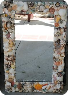 Seashell mirror DIY