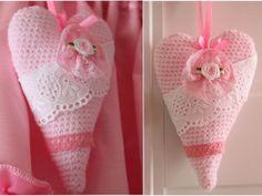 MATERIALS Baby Super Soft Schachenmayr (50g/178yrd), DK / 8 ply (11 wpi), crochet hook 3 mm, lace, flower and satin ribbon. ABBREVIATIONS Ch =chain St= stitch Sc=single crochet Sl st= slip stitch Rnd= round dec = decrease st