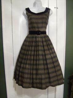 Sweet 50's dress.