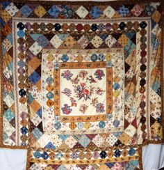 Broderie Perse Panel Framed Top, 1830-50, designed for four poster bed, Quilt Museum and Gallerie, Britain