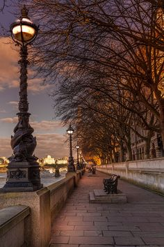 Evening on the South Bank, London, England by Martin Jones