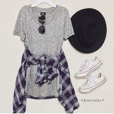 Outfits and flat lays we fell in love with. See more ideas about Casual outfits, Cute outfits and Fashion outfits. Fashion Trends, Latest Fashion Ideas and Style Tips. Teenage Girl Outfits, Teenager Outfits, Outfits For Teens, Casual Outfits, Tween Girls, Hipster School Outfits, Dress Outfits, Flannel Outfits, Emo Outfits