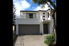 Luxury Home Builders - Chateau Architects + Builders Sydney Custom Built Homes, Home Builders, Luxury Homes, Architects, Sydney, Garage Doors, Urban, Mansions, House Styles