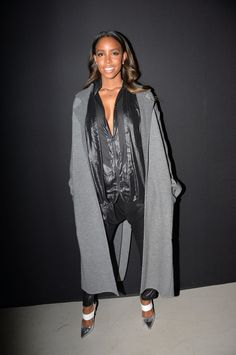 kelly-rowland-and-olivia-palermo-at-barbara-bui-ready-to-wear-collection-autumnwinter-2015-2016-show-06.jpg (JPEG Image, 1021×1536 pixels)