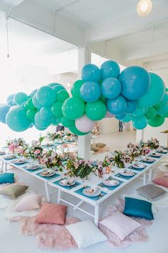 colorful balloon wedding ideas - photo by Beck Rocchi https://ruffledblog.com/balloon-filled-party-inspiration-at-a-pandora-brunch
