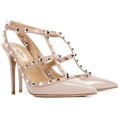 Valentino Rockstud 100 Blush Patent Leather Pumps (1.785 BRL) ❤ liked on Polyvore featuring shoes, pumps, heels, high heels, strappy pumps, patent leather pointed toe pumps, pointed toe high heel pumps, valentino pumps and patent leather shoes