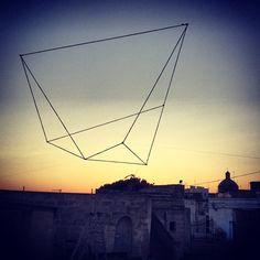 Grottaglie Fame Festival 2012 by money.less, via Flickr Geometric Sculpture, Rope Art, Concrete Jungle, Italian Artist, Three Dimensional, Geometry, Illusions, Louvre, Earth