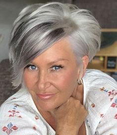 Best 12 Grow out to this #shorthaircolorpixie – SkillOfKing.Com