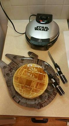 Wow a cool Star War waffle maker. My kids will be excited to see this.