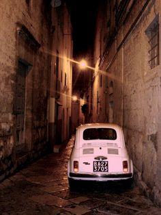 Fiat 550 in Puglia, Italy Fiat 500, My Dream Car, Dream Cars, Italy For Kids, Impression Poster, Fiat Cinquecento, Pink Wheels, Puglia Italy, Cute Cars