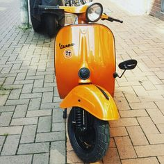 Vespa 125 nuova v50 primavera orange black 1977 custom tuning
