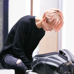 handsome jisung waiting for you at a airport bcoz you'll have a travel at jeju